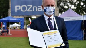 97. PZLA Mistrzostwa Polski - Bartosz Guss z certyfikatem fot. UMP