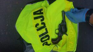 bojka gniezno fot. policja6 300x169 - Gniezno: Uczestnicy strzelaniny za kratkami