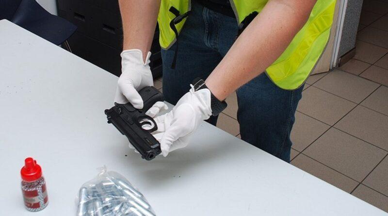 broń gazowa fot. policja
