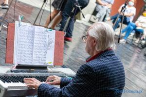 cudowne lata derwida piosenki taneczne fot. slawek wachala 2926 300x200 - Poznań: Cudowne lata Derwida. Co to był za koncert!
