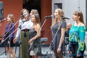 cudowne lata derwida piosenki taneczne fot. slawek wachala 2981 300x200 - Poznań: Cudowne lata Derwida. Co to był za koncert!