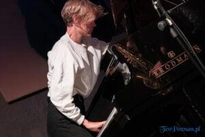 o n e quintet fot. slawek wachala 3213 300x200 - Poznań: O.N.E Quintet w Blue Note