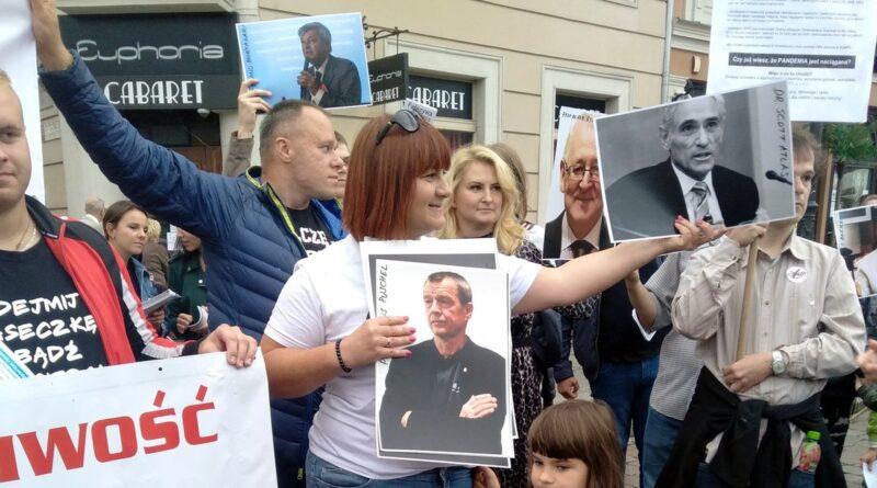 stop covid5 800x445 - Justyna Socha zatrzymana przez policję