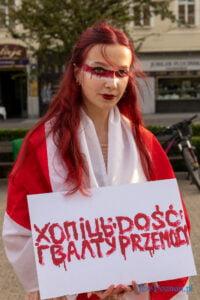 tak dla wolnosci nie dla tortur bialorus fot. slawek wachala 3858 200x300 - Poznań: Zatrzymania, tortury i śmierć, czyli codzienność białoruskiego więzienia