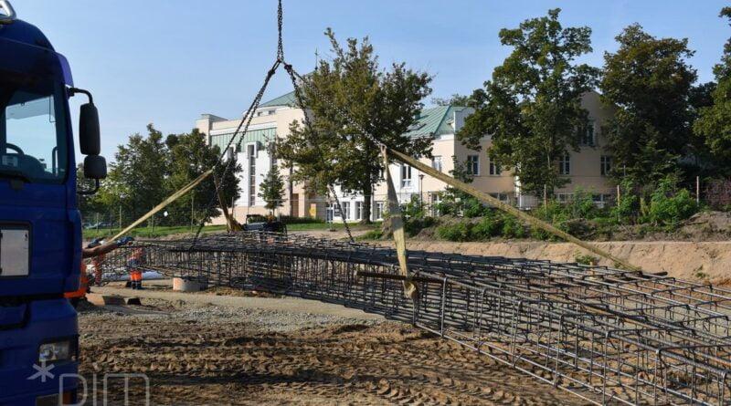 elementy torowiska na budowie tramwaju na Naramowice fot. PIM