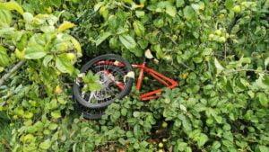 ukradziony rower fot. policja3 300x169 - Ostrzeszów: Policjanci odzyskali ukradziony rower 12-letniej pasjonatki kolarstwa