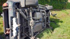 wypadek fot. osp sompolno2 300x169 - Konin: Tragiczny wypadek w Sompolnie. Jedna osoba nie żyje