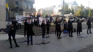 zatrzymajmy rzez ptakow2 300x169 - Poznań: Zatrzymajmy rzeź ptaków!