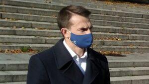 adam szlapka 2 300x169 - Poznań: Chaos w walce z koronawirusem - mówi poseł Szłapka