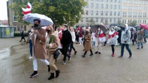 dla kobiet na bialorusi5 300x169 - Poznań: Marsz dla kobiet z Białorusi
