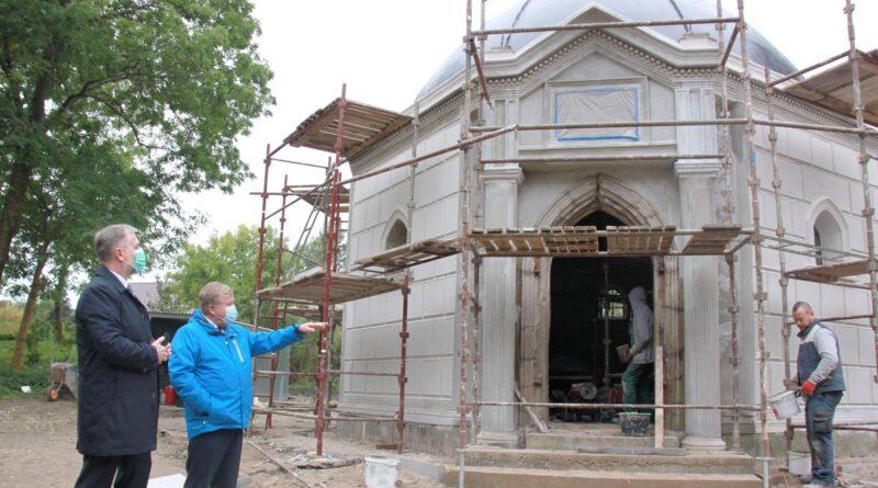 dofinansowanie remontu kaplicy grobowej rodziny Lange fot. UMWW