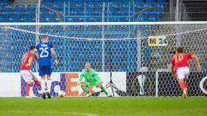 lech poznan benfica lizbona fot. p. szyszka lech poznan 300x169 - Lech Poznań - Benfica Lizbona 2:4. Lech przegrał, ale po dobrym meczu
