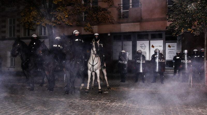 Protest Kobiet 26.10 Młyńska 14 fot. Sławek Wąchała