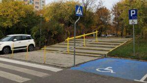 przychodnia na osiedlu marysienki fot. zkzl 3 300x169 - Poznań: Przychodnia na osiedlu Marysieńki ma wreszcie podjazd!