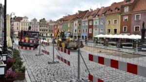 stary rynek prace fot. ump 2 300x169 - Poznań: Wjeżdża palownica, czyli rozpoczynają się prace na Starym Rynku