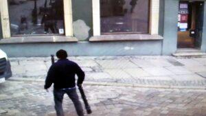 stary rynek slupek fot. smmp3 300x169 - Poznań: Jak kierowca samodzielnie zdemontował słupek - a straż miejska go na tym przyłapała