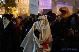 strajk kobiet poznan 31.10 fot. slawek wachala 0146 300x200 - Poznań: Dziewiąty dzień Strajku Kobiet