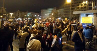 Poznań: Strajk Kobiet nadal na placu Wolności