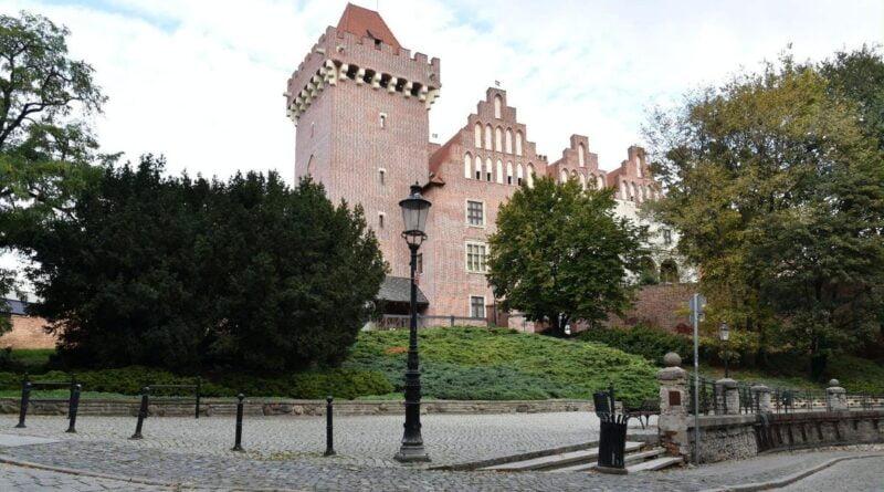 Zamek na Górze Przemysła fot. UMP