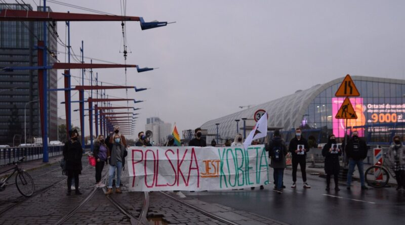 blokady drog strajk kobiet fot. k. adamska7 800x445 - Poznań: Demonstracja przed Operą. Z okazji Dnia Kobiet