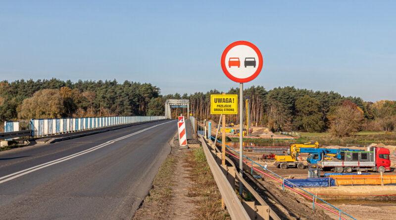 Budowa mostu w Rogalinku nad Wartą fot. Sławek Wąchała