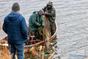 jezioro malta odlow ryb fot. slawek wachala 4414 300x200 - Poznań: W Malcie trwa... wielkie łowienie ryb