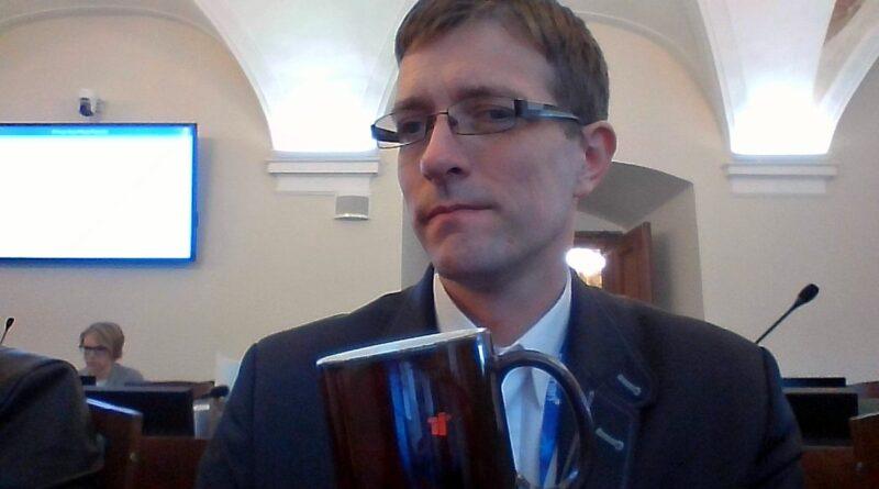 krzysztof rosenkiewicz fot. fb2 800x445 - Poznań: Radny Rosenkiewicz wygłosił oświadczenie. W sprawie Strajku Kobiet