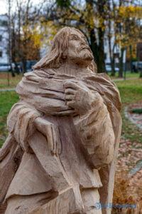 park im. jana heweliusza rzezby krzysztofa wizy fot. slawek wachala 2916 200x300 - Poznań: W parku Heweliusza powstała galeria rzeźb