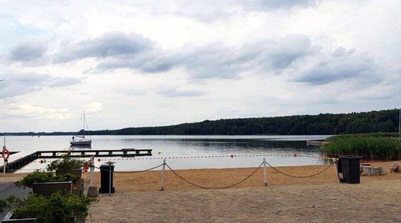plaża, jezioro Kierskie, Baranowo fot. UMP