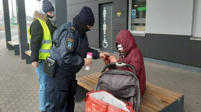 pomoc dla bezdomnego fot. SMMP