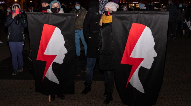 PROCES Kobiecego Ciała Strajk Kobiet fot. Sławek Wąchała