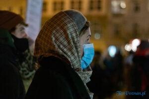 proces kobiecego ciala strajk kobiet fot. slawek wachala 3136 300x200 - Poznań: Strajk Kobiet przespacerował się przez miasto