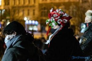 proces kobiecego ciala strajk kobiet fot. slawek wachala 3148 300x200 - Poznań: Strajk Kobiet przespacerował się przez miasto