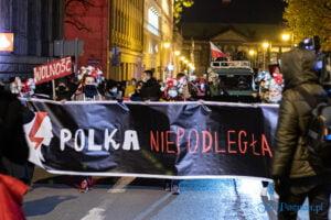 proces kobiecego ciala strajk kobiet fot. slawek wachala 3167 300x200 - Poznań: Strajk Kobiet przespacerował się przez miasto