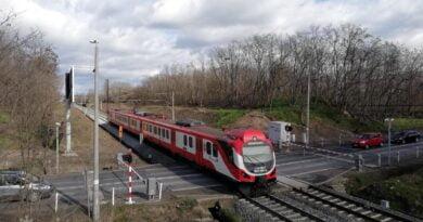 przejazd kolejowy, pociąg fot. UMP
