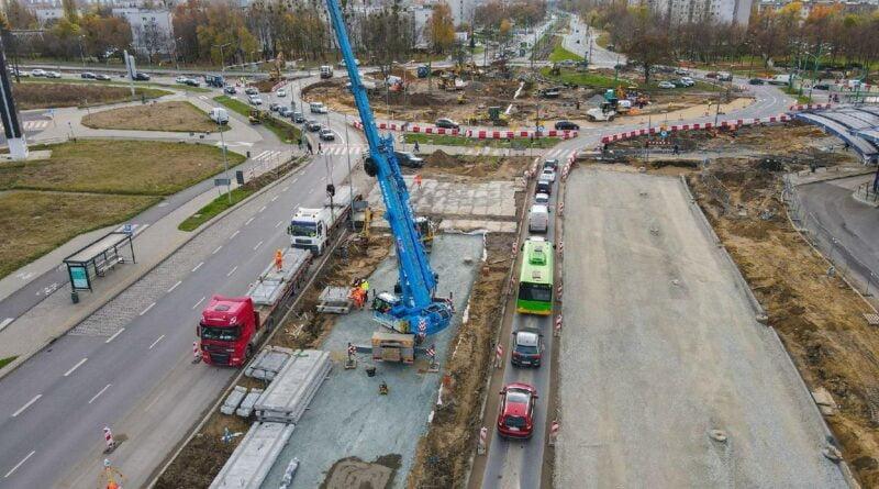 rondo rataje prace na budowie fot. pim2 800x445 - Poznań: Zmiany w organizacji ruchu na rondzie Rataje - to już dziś w nocy!