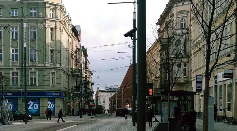 swiety marcin la ruina 800x445 - Poznań: Cafe La Ruina i Raj obronione przed... Strażą Narodową. Poszło o Strajk Kobiet