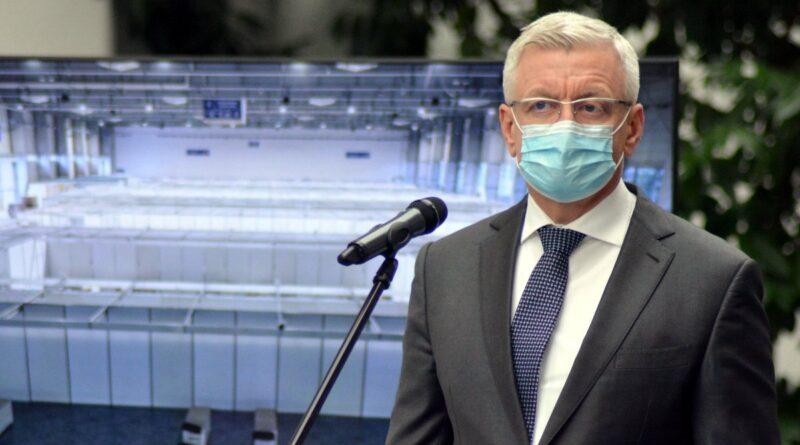 """szpital tymczasowy fot. k. adamska8 800x445 - Poznań: Jacek Jaśkowiak o polityce premiera: """"chaos decyzyjny"""""""