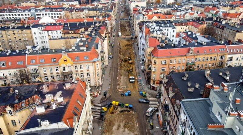 wierzbiecice prace trwaja fot. pim3 800x445 - Poznań: Przebudowa Wierzbięcic trwa - a mieszkańcy protestują