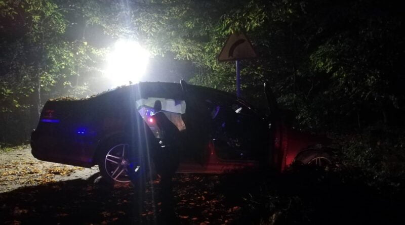 wypadek jarocin fot. policja 3 800x445 - Wielkopolska: Trzy wypadki w wigilijną noc