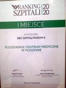 certyfikat dla pcm fot. pcm 225x300 - Pleszewskie Centrum Medyczne w czołówce polskich szpitali
