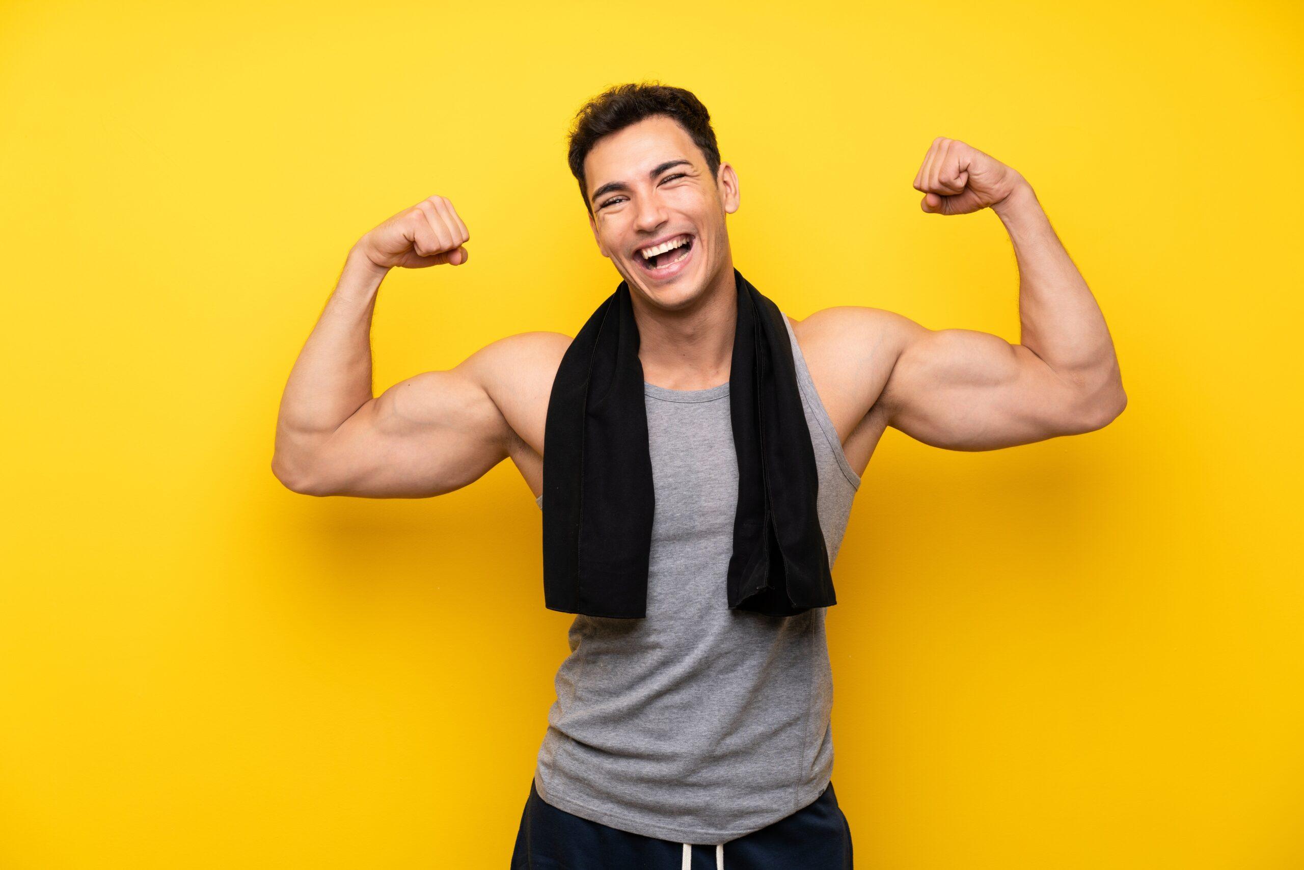 Podciąganie na drążku – trudne, ale efektywne ćwiczenie