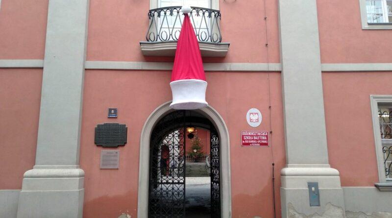 dekoracja świąteczna szkoły baletowej