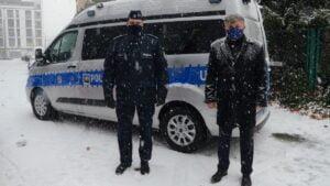 """dymowoz fot.pp3  300x169 - Poznań: """"Dymowóz"""" dla policji od starostwa poznańskiego"""