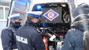 """dymowoz fot.pp4  300x169 - Poznań: """"Dymowóz"""" dla policji od starostwa poznańskiego"""