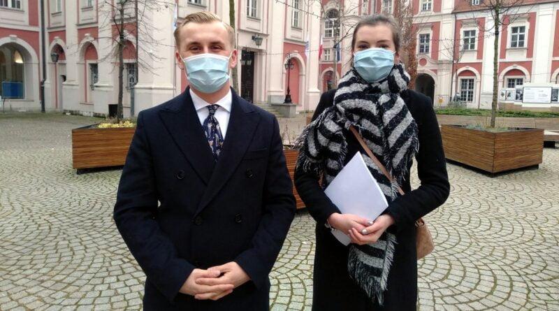 Młoda Prawica, Jakub Marciniak, Anna Dobruk