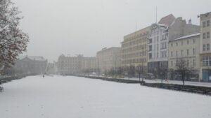 pierwszy snieg3 300x169 - Poznań: Spadł pierwszy śnieg!