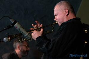 piotr wojtasik specjalny koncert swiateczny fot. slawek wachala 6651 300x200 - Piotr Wojtasik w Blue Note. Online