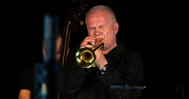 Piotr Wojtasik w Blue Note. Online