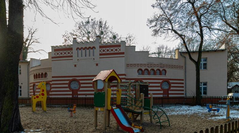 Stara Lwiarnia Stare Zoo fot. Sławek Wąchała